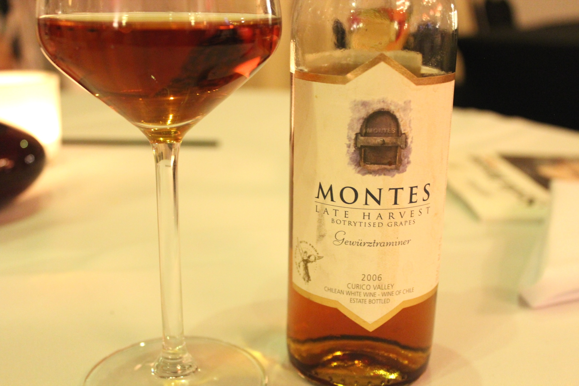 Montes Gewurztraminer Chile Wine 4Senses.TV